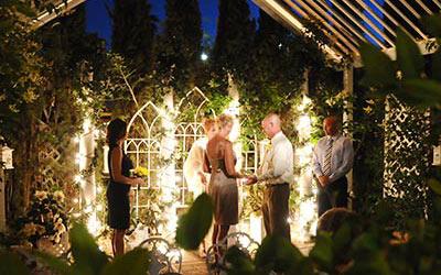 Las vegas weddings traditional weddings elvis weddings lgbt garden chapel junglespirit Gallery