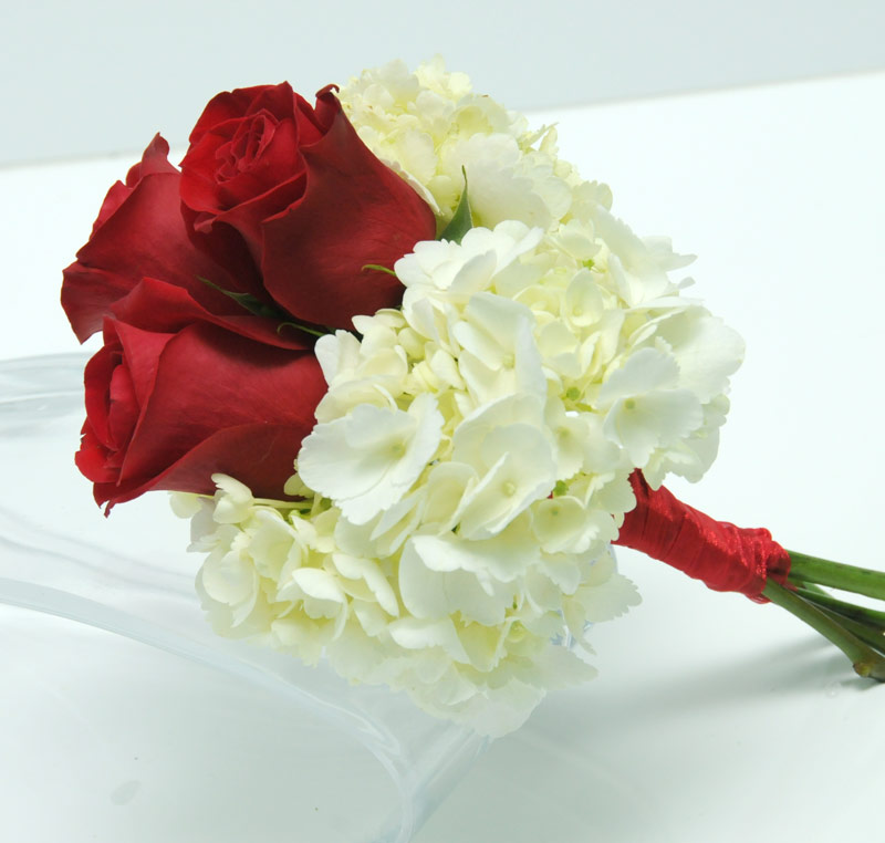 Viva las vegas wedding chapels gorgeous wedding flowers bouquets 3 rose bouquet hydrangea red mightylinksfo