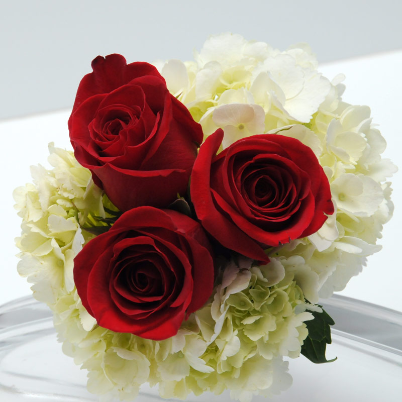Florist in Singapore providing flower delivery Anywhere in