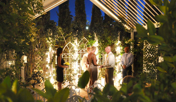 Viva Las Vegas Garden Weddings