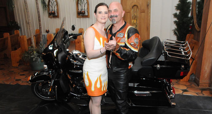 Harley Motorcycle Wedding | Viva Las Vegas Weddings