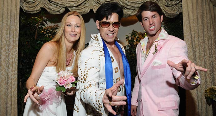 Las Vegas Weddings with Elvis In The Garden