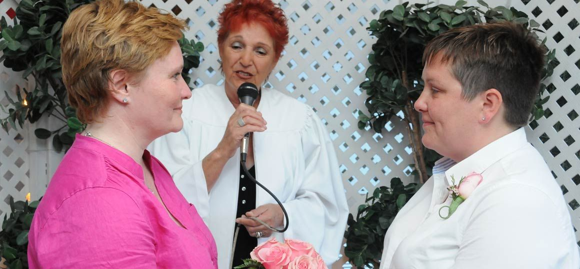 lgbt-gazebo-wedding-5