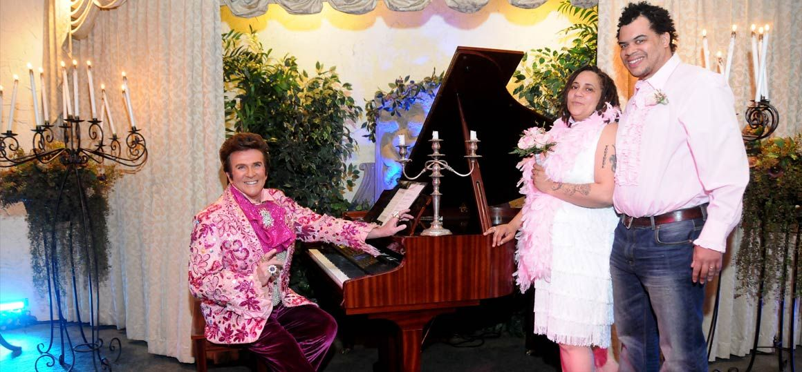 liberace-impersonator-wedding-4