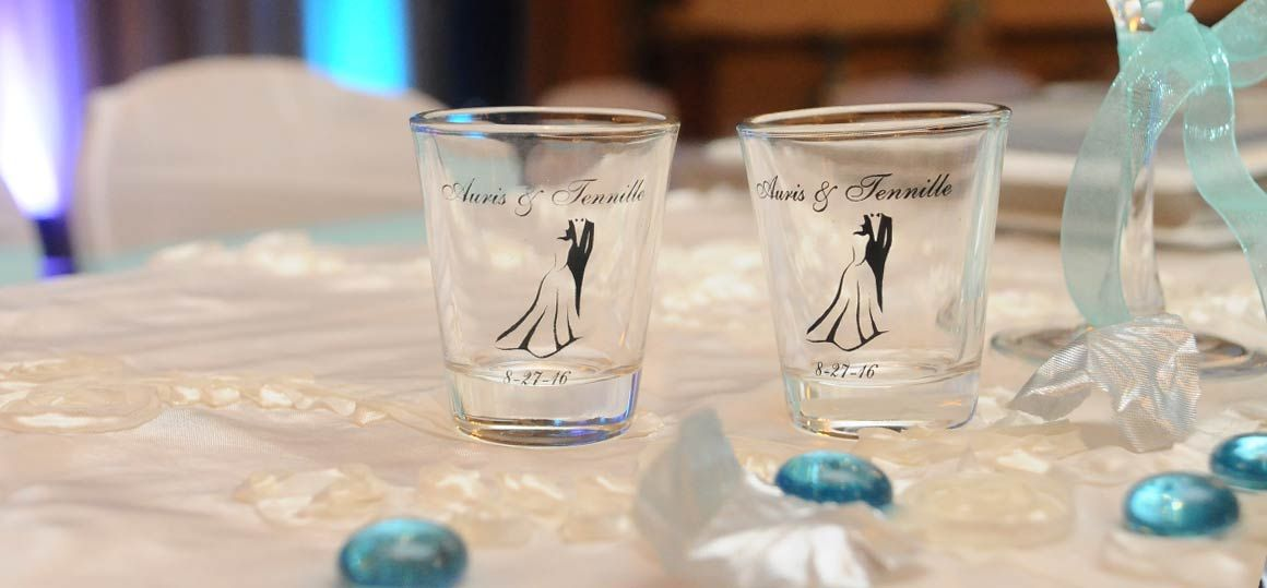 wedding-reception-cups