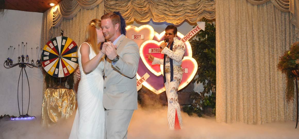 las vegas elvis weddings las vegas themed wedding package viva las