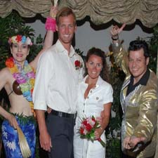 The Elvis Blue Hawaii wedding