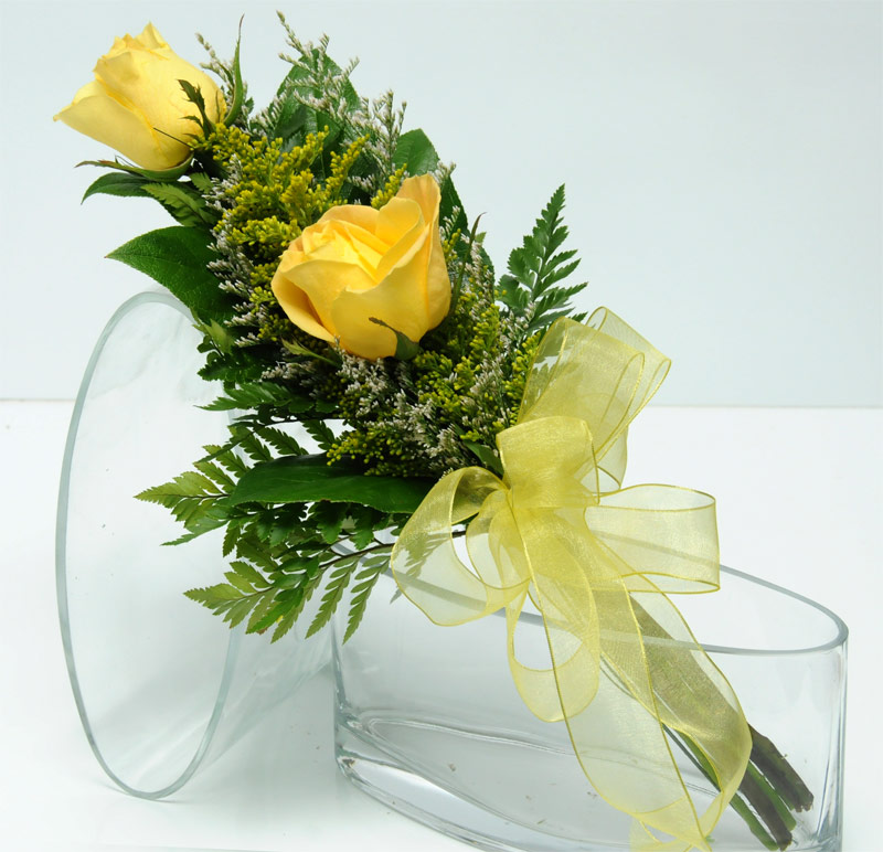 Wedding Flowers Yellow Roses: Viva Las Vegas Wedding Chapels