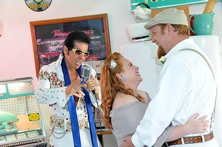 Viva Las Vegas Weddings Chapels - Doo Wop Diner