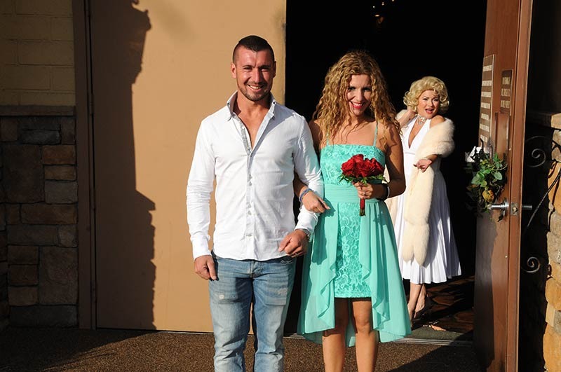The Vegas Wedding Chapel Las Get Married At Bestofvegas Com