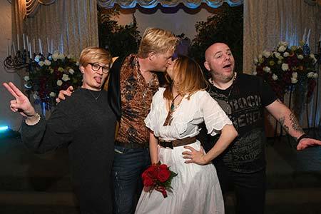 Viva Las Vegas Weddings Chapels - Rock N Roll Themed Wedding Package