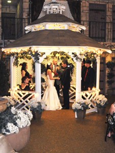 Outdoor Gazebo Wedding Chapel At Viva Las Vegas Weddings