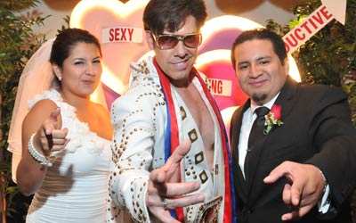 Want To Get Married By Elvis Viva Las Vegas