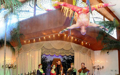The Viva du Cirque Wedding Package at Viva Las Vegas Weddings