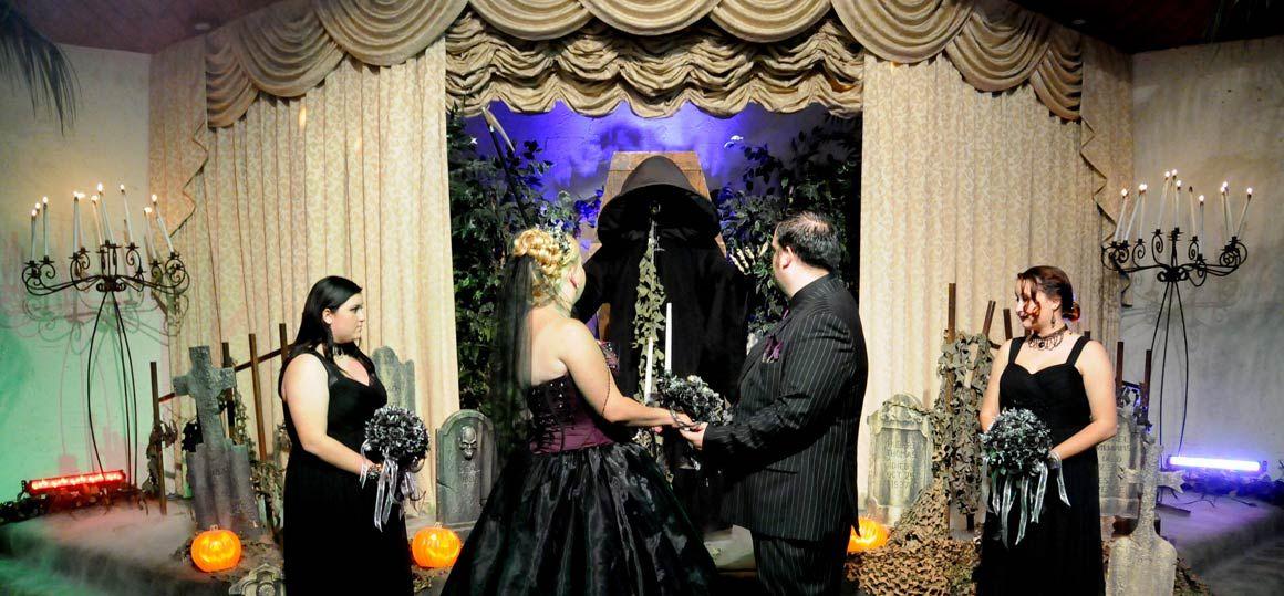 Las Vegas Weddings Original Gothic Themed Wedding Package
