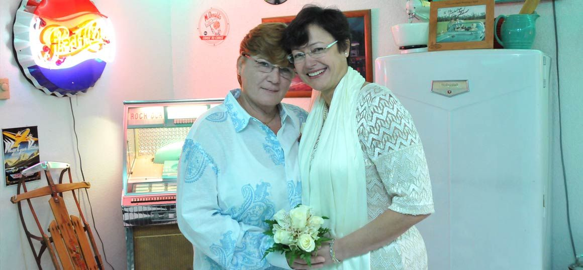 Doo-Wop-Diner-LGBT-Wedding-1