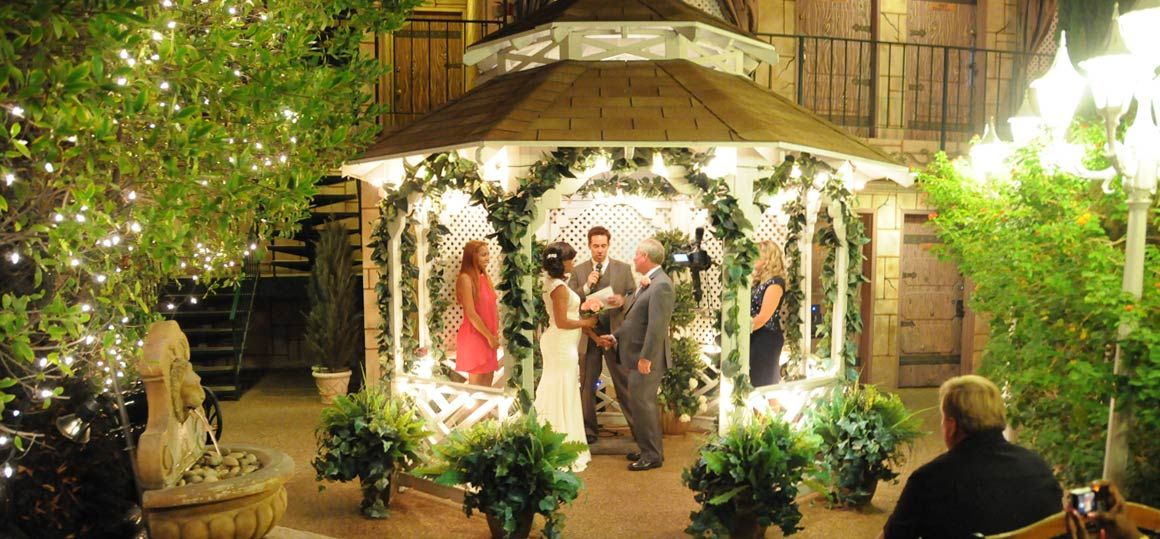 Las vegas outside weddings evening outdoor gazebo weddings evening outdoor gazebo rotator4 junglespirit Images